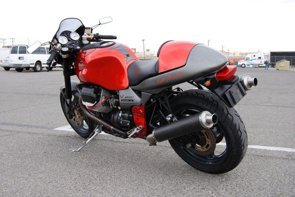 moto-guzzi-v11-sport-rosso-mandello-limited-edition-2001-4.jpg