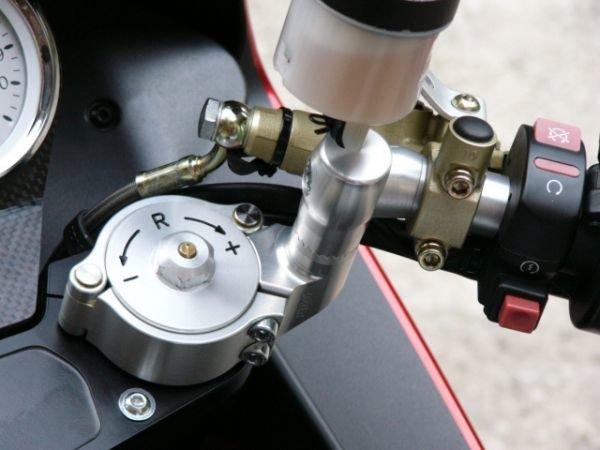 Moto Guzzi V11 Gummi stopsel.jpg