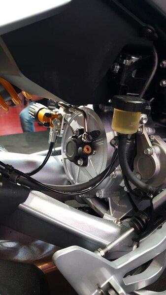 nuova-moto-guzzi-v100-mandello-11-53-15.jpg